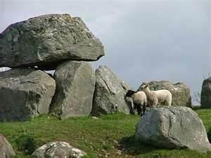 dolmen-carrowmore