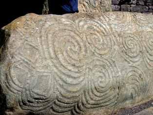 megalithic-spirals-ireland